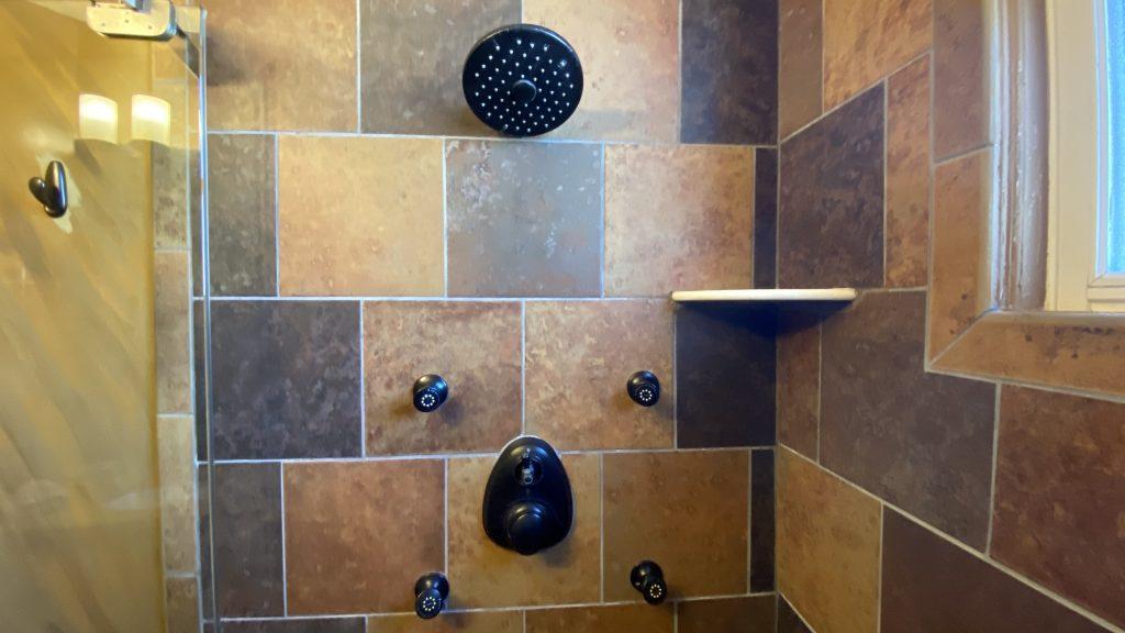 https://missioninn.net/wp-content/uploads/2020/11/San-Diego-Shower-Close-Up-3-1024x576.jpg