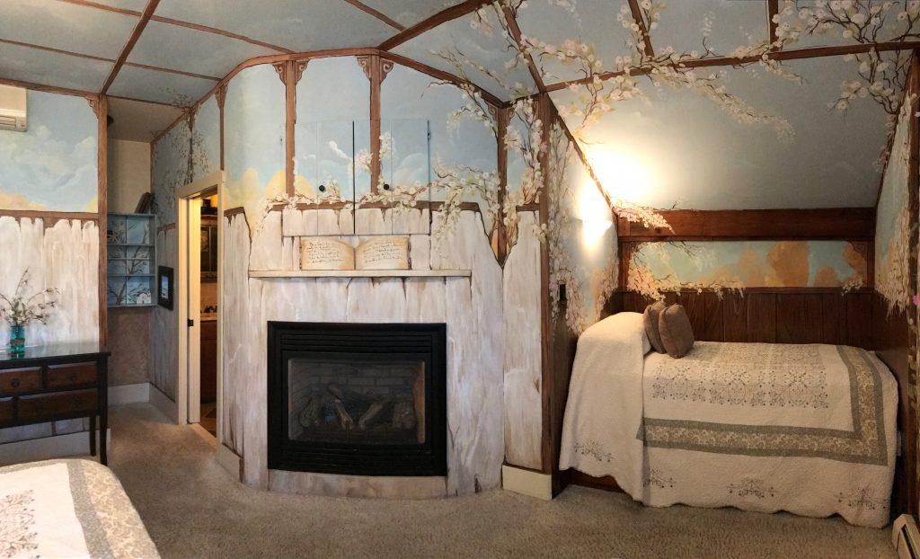 https://missioninn.net/wp-content/uploads/2020/11/San-Juan-Bautista-Fireplace-and-Trundle-BEd-1024x622.jpg
