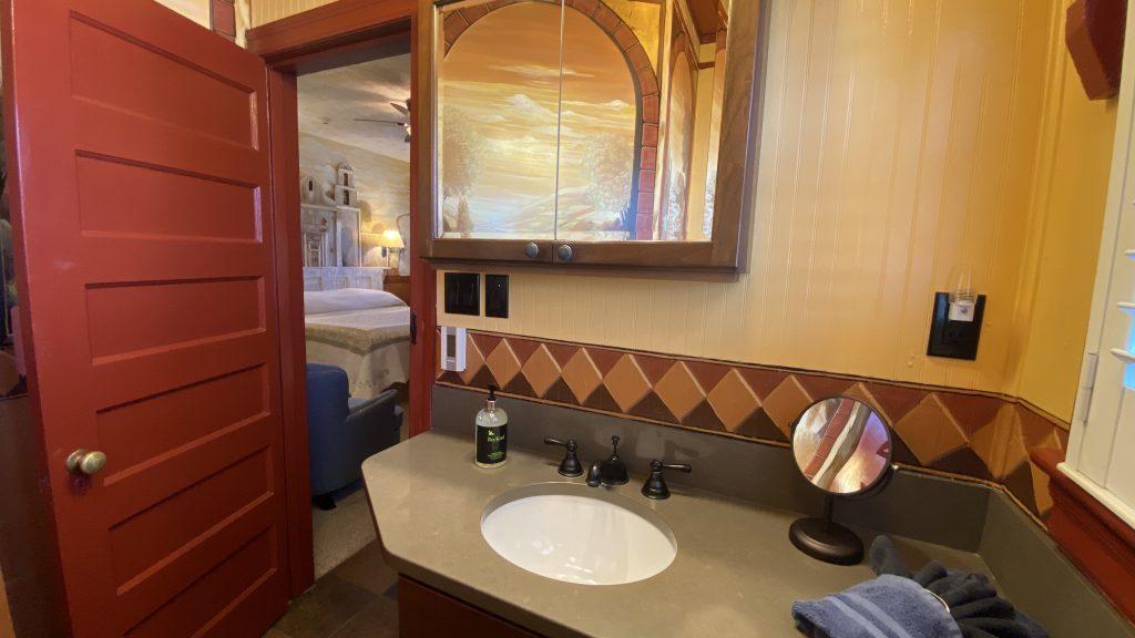 https://missioninn.net/wp-content/uploads/2020/11/San-Luis-Rey-Bathroom-View-1024x576.jpg