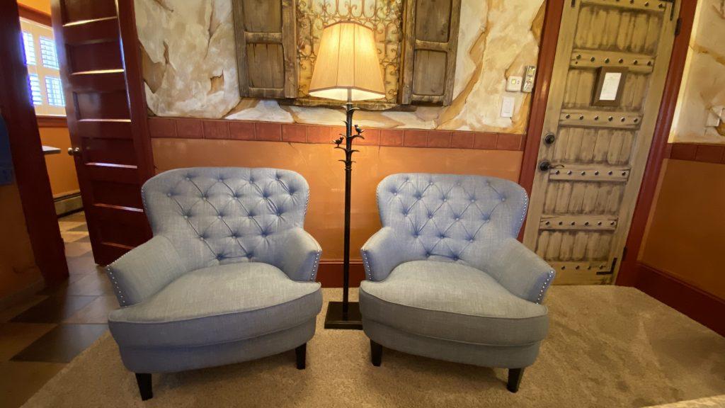 https://missioninn.net/wp-content/uploads/2020/11/San-Luis-Rey-Sitting-Chairs-1-1024x576.jpg